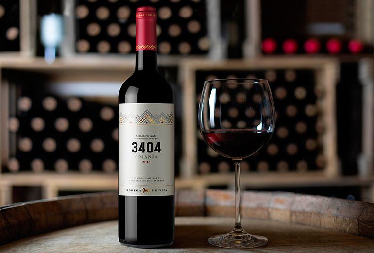 Bodegas Pirineos presenta su nuevo vino: 3404 Crianza