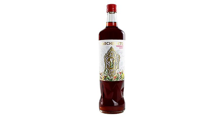 Carcheleto, elegante vermut de elaboración artesanal con 36 botánicos y cuidado diseño