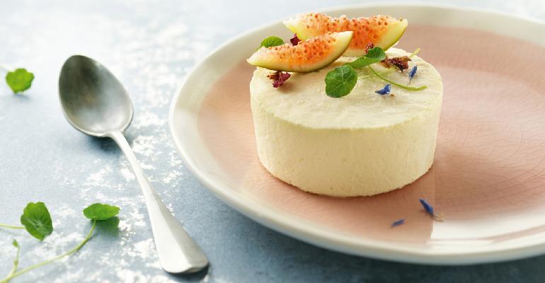 Frescura y deleite con el Cheesecake Glacé para la carta de postres estival