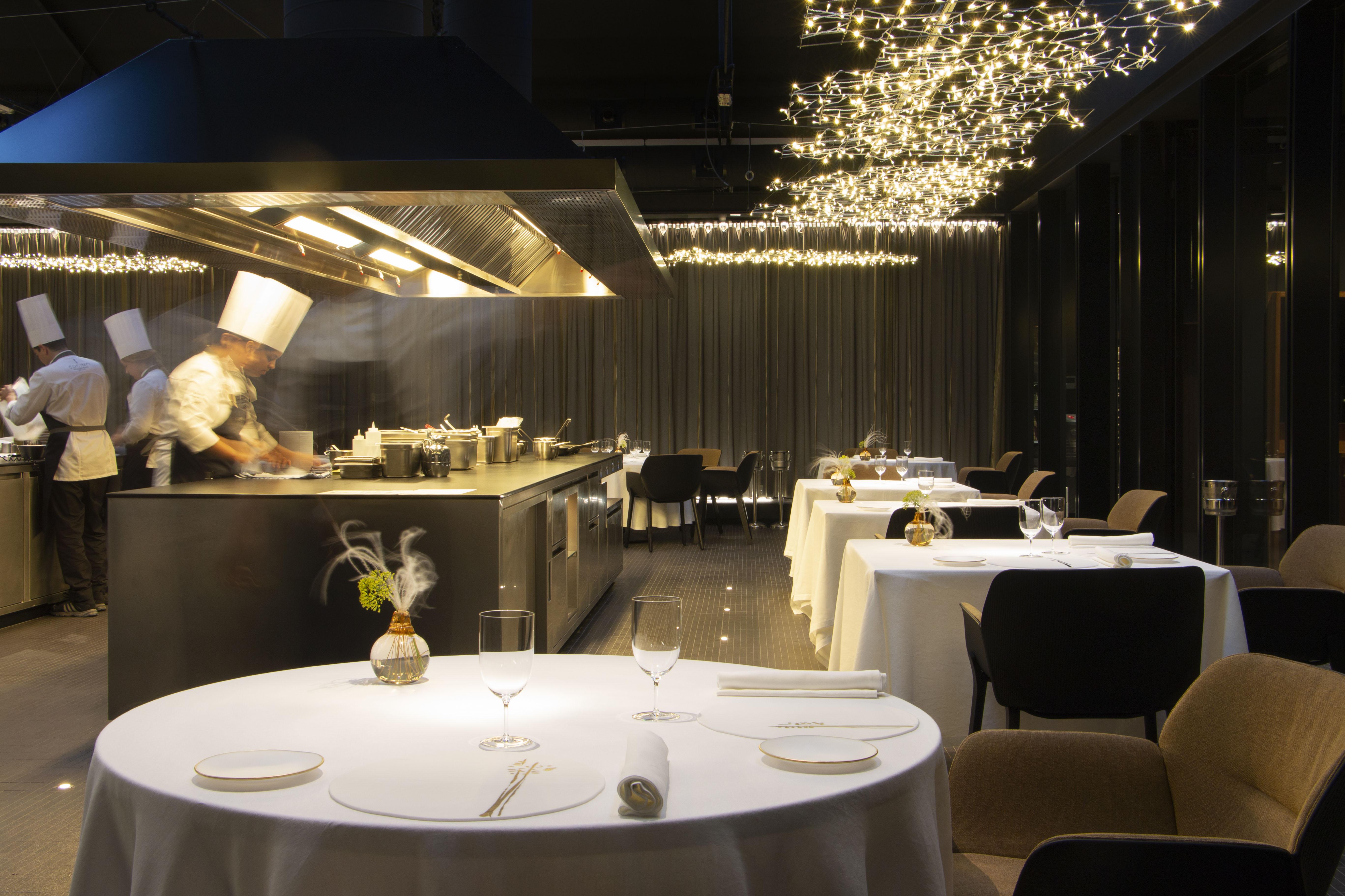 Vayoil Textil vestirá las mesas del restaurante Cocinas Hermanos Torres