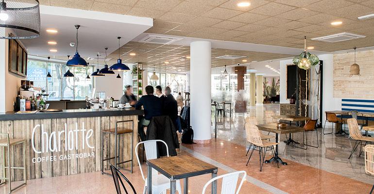 Coffee Gastrobar del Hotel Azarbe, en Murcia