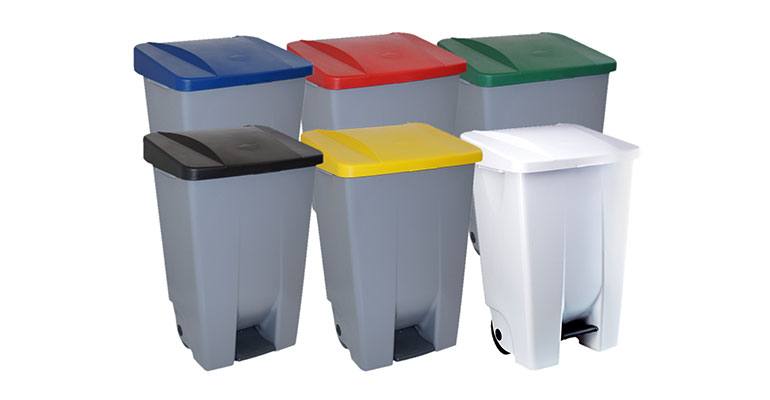 Cubos para clasificación de residuos con apertura de pedal