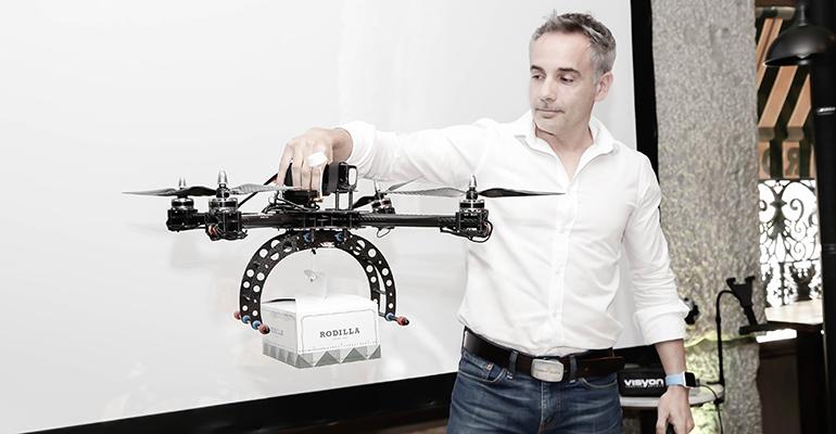 Dron reparto de comida Rodilla
