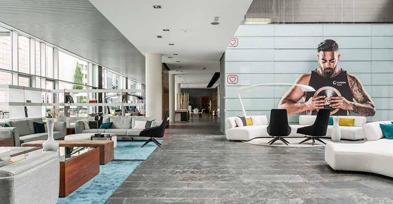 Hotel Ilunion Atrium, también en Madrid,