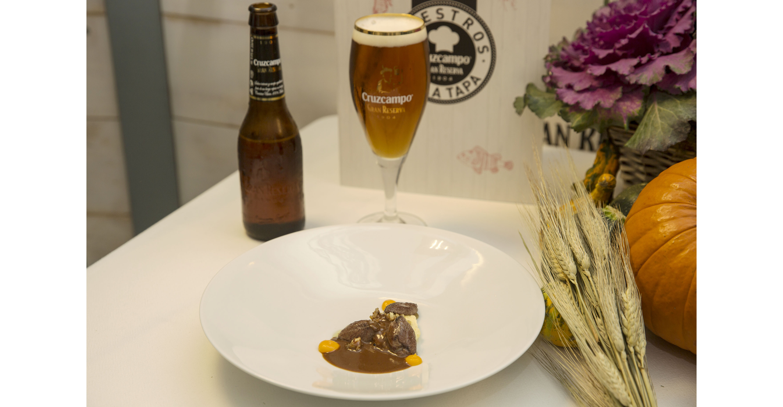 Zorzal con chocolate y chile de Irene Pons