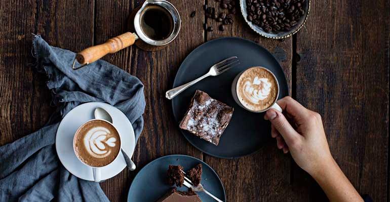Café premium tostado a mano y té orgánico