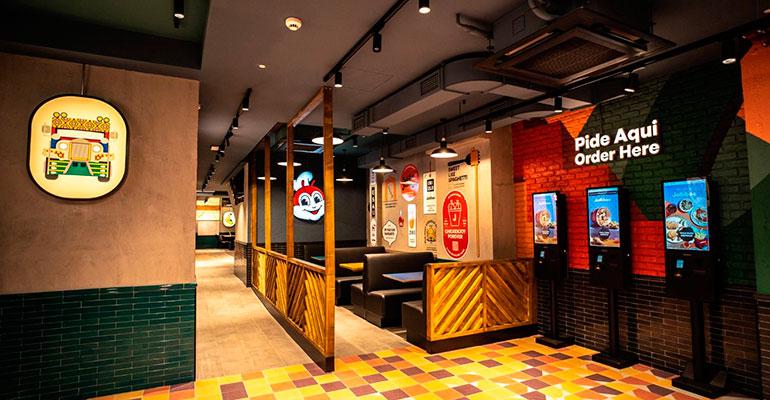 Jollibee, la marca filipina de restaurantes de pollo frito, ya ha abierto su restaurante de Madrid