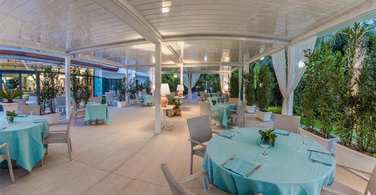 Hotel Acacia Ragusa con pérgolas KE