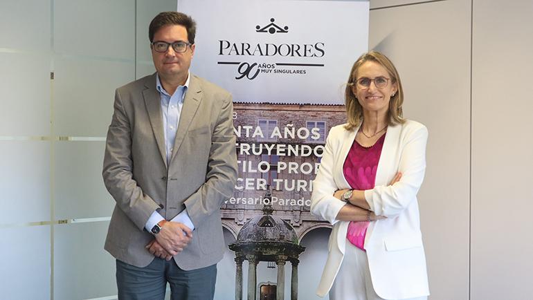 Paradores y la Fundación Oceanografic firman un acuerdo para la sensibilización medioambiental