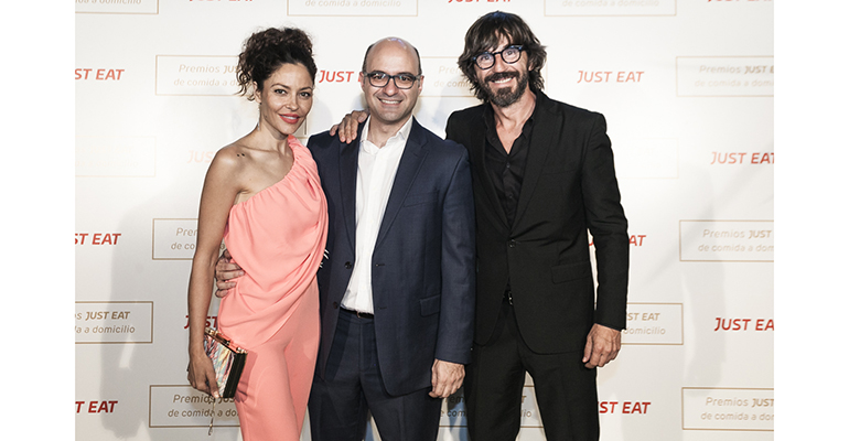 Patricia Pérez, Jesús Rebollo y Santi Millán en la gala de premios Just Eat
