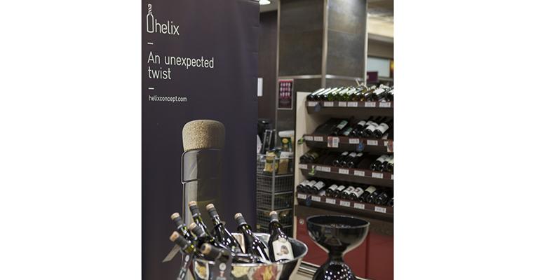 Presentación de los vinos Hello Word con tapón enrroscable de Finca La Estacada