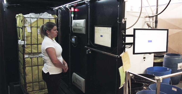 Instalación RFID destinada a textiles inteligentes