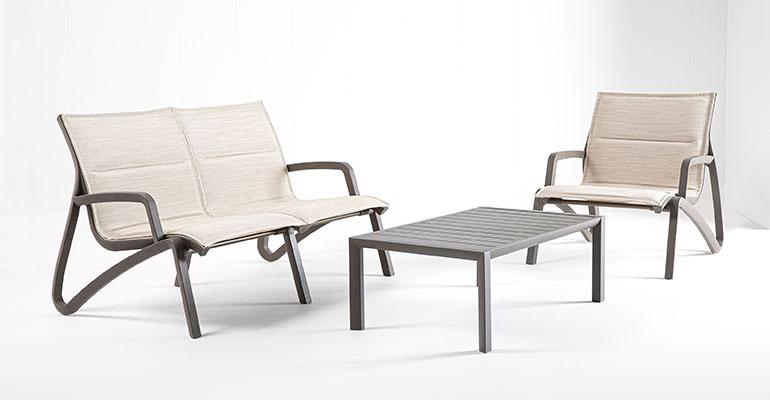 Mobiliario de exterior con alta tecnología para el confort