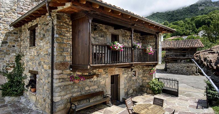 Sajambre Rural-Oseja de Sajambre-Leon