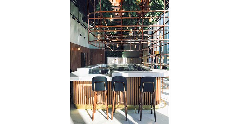 Silestone Barra Hotel Crowne Plata
