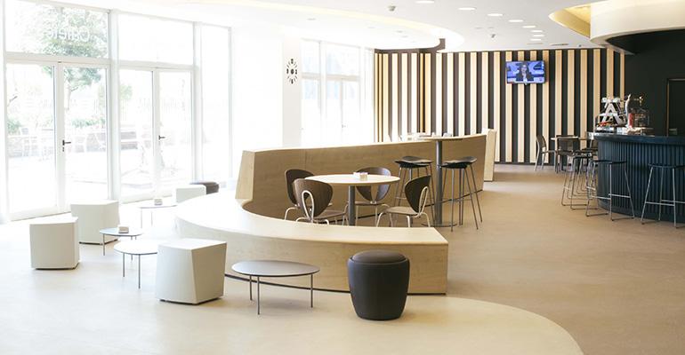 Suelos Altro en oficinas de Nestlé