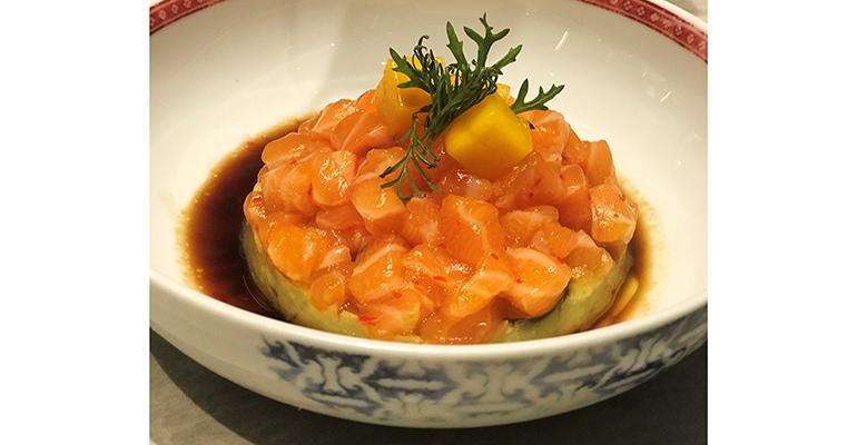 Tartar de salmón noruego