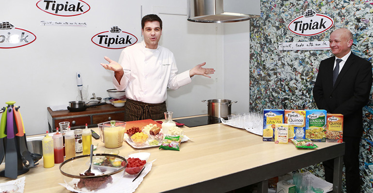Sergio Fernández con productos tipiak