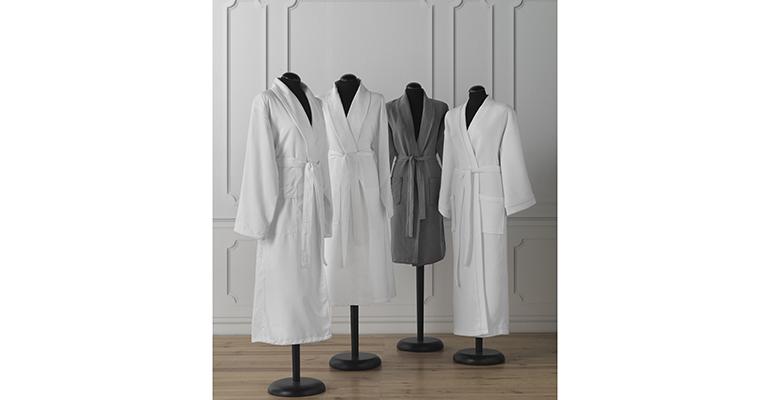 Colección de batas para hotel de Vayoil Textil