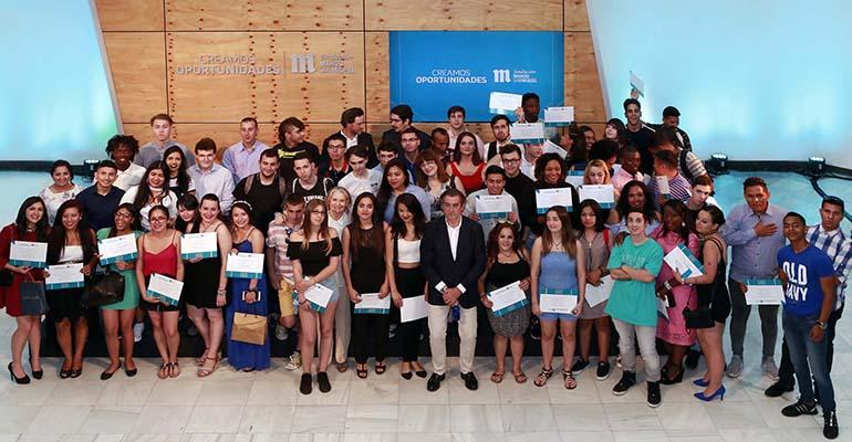 """Jóvenes participantes en el programa """"Creamos Oportunidades en Hostelería"""""""