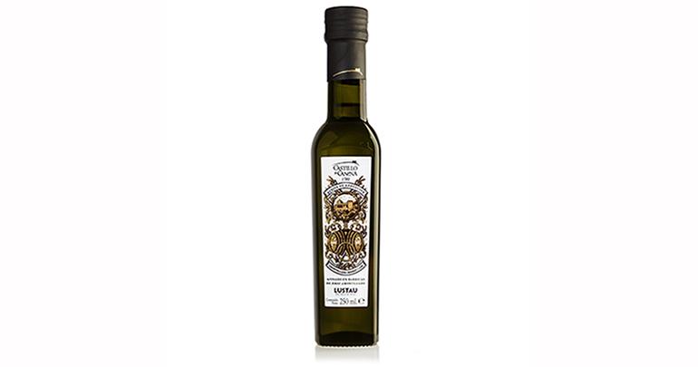 Arbequino Amontillado, el primer aceite de oliva virgen extra afinado en barricas de vino de Jerez