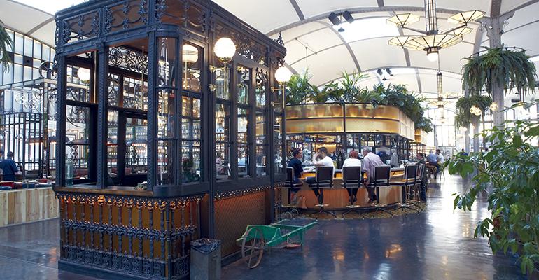 recepción del restaurante El Nacional