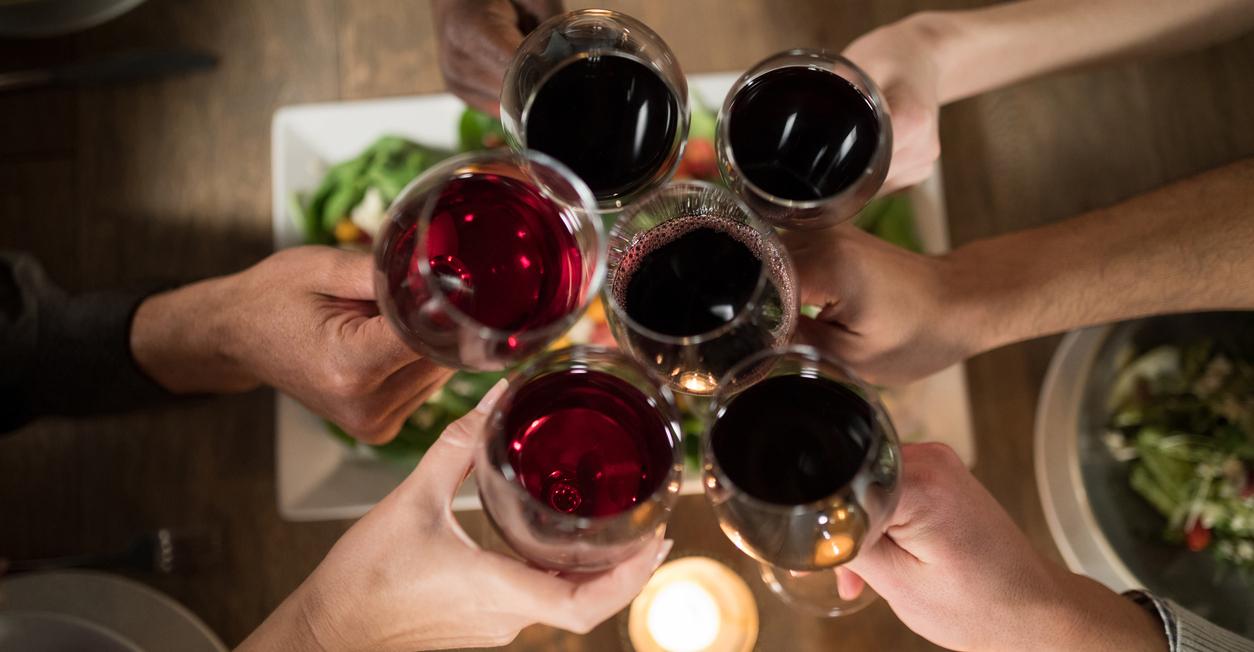 consumo de vino entre jóvenes