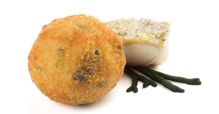 Croqueta de Merluza y Alga Codium
