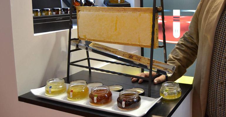 Dispensador de miel de art muria