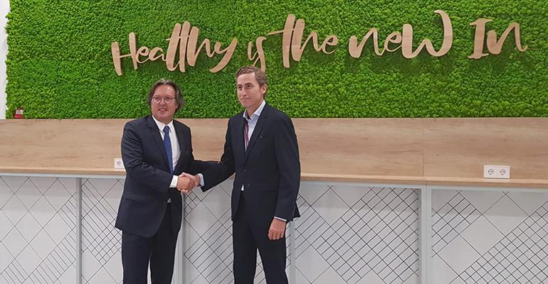 Felip Pascual, Director de la división de Business & Industry de Serunion y Juan Alonso de Lomas, Presidente-Consejero Delegado de L'Oréal España.