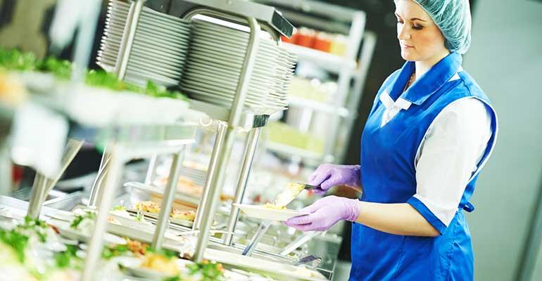 Se reanuda el servicio de becas de comidas a escolares en Madrid