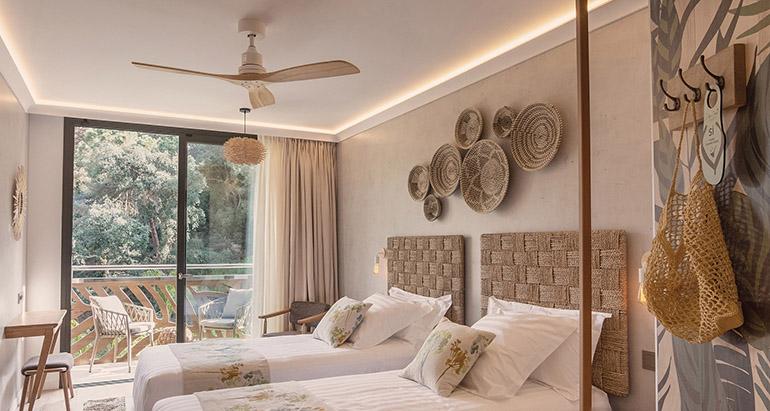 grosfillex-revestimiento-hotel-casa-coco-contract-room