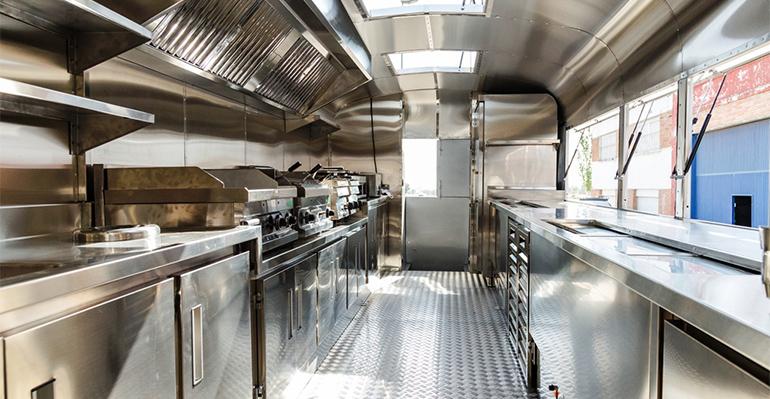 Interior restaurante foodtruck