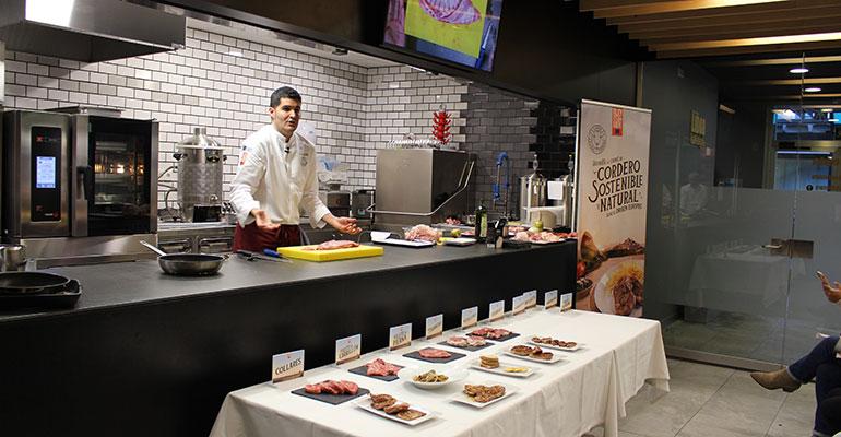 Interovic muestra el potencial gastronómico de las carnes de ovino y caprino en escuelas de hostelería