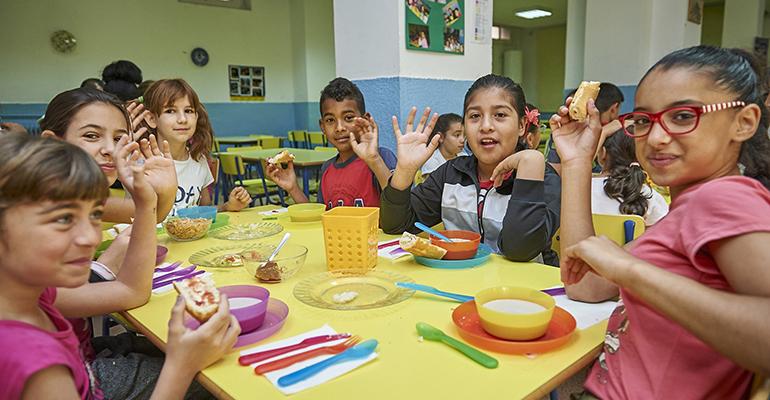 kellogs desayunos solidarios comedores escolares