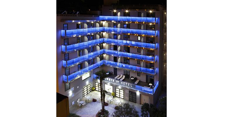 Led glass fachada hotel