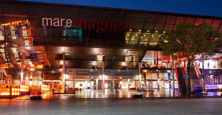 Centro Comercial Maremagnum en Barcelona
