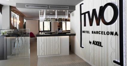 Orac Decor Aporta Personalidad Con Molduras Al Hotel Axel