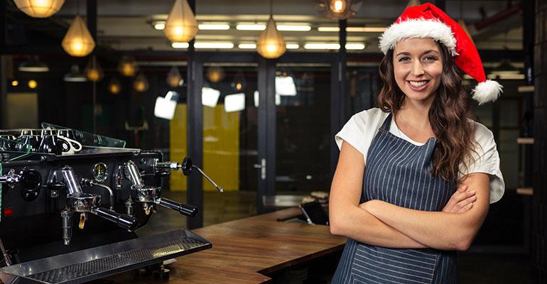 Repartidores a domicilio y comercial de reservas, entre los perfiles más demandados para trabajar en hostelería en Navidad