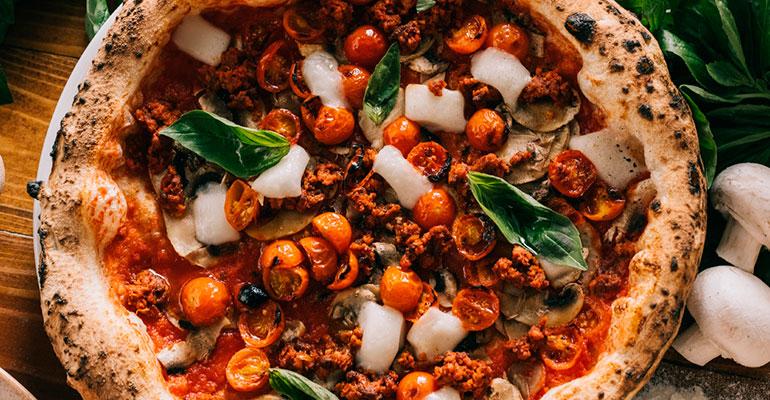 Grosso Napoletano crea su primera pizza vegana con Meatless Farm