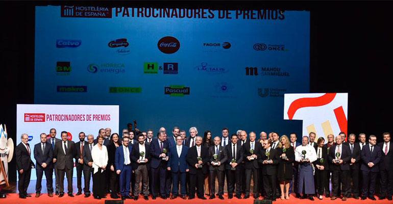 Foto de familia de los Premios Nacionales de Hostelería