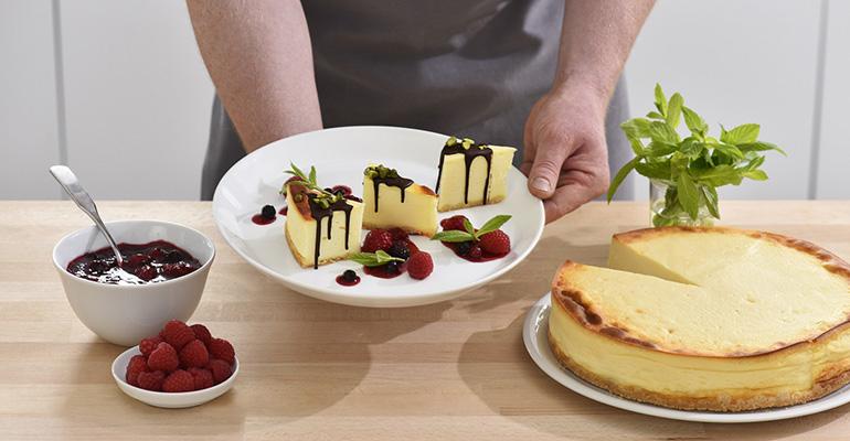 """Drip Cake"""" de una tarta de queso tradicional"""