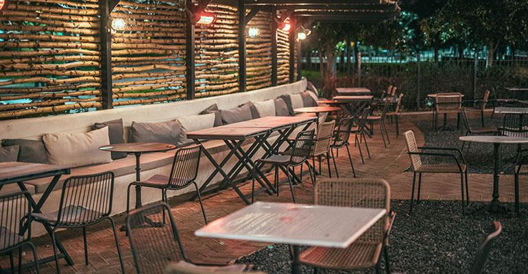 restaurante el kiosko terraza nocturna