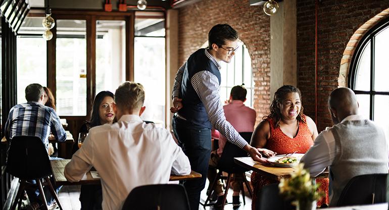 Covid-19: los menús diarios de los restaurantes pierden una tercera parte de sus clientes