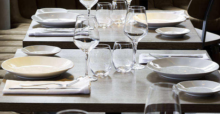El corte ingl s divisi n empresas y su vajilla artesana en for Vajilla para restaurante